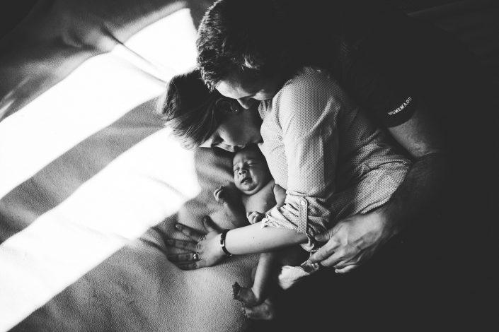 photographe bébé et naissance à foix ariège