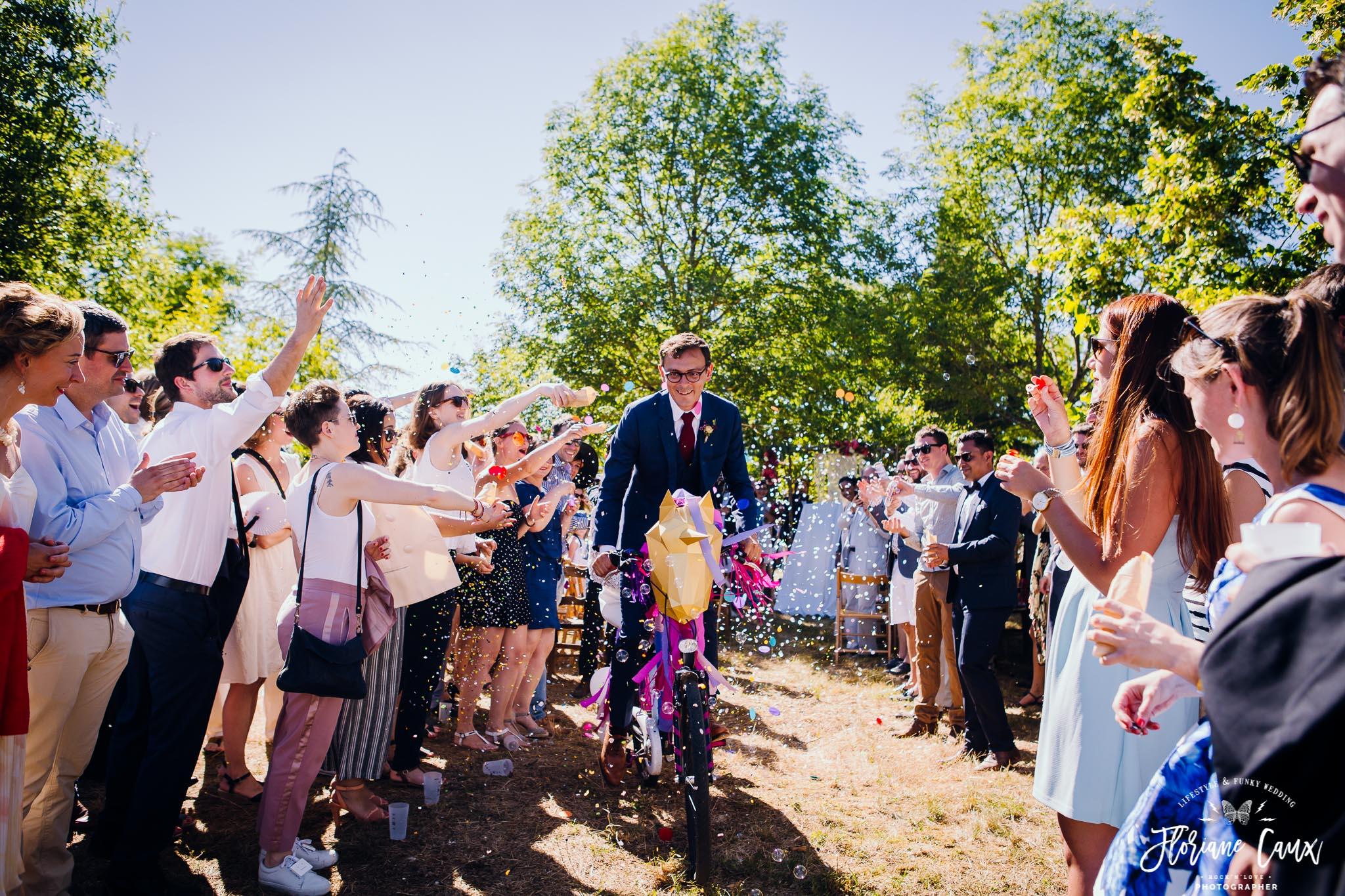 mariage-festival-cahors-ceremonie-laique-velo-licorne-9