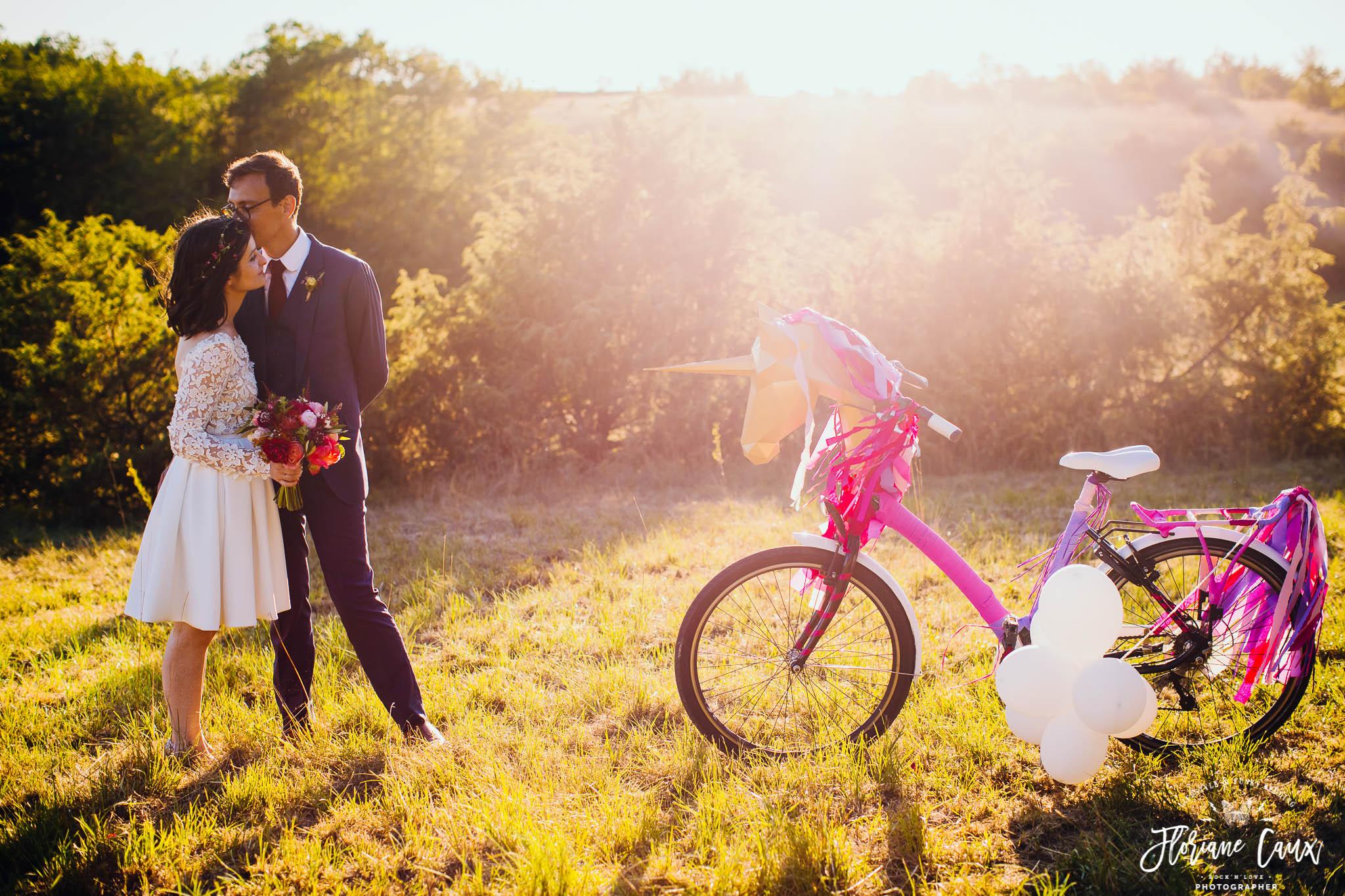 photographe-mariage-funky-licorne-fumigenes-badass-1