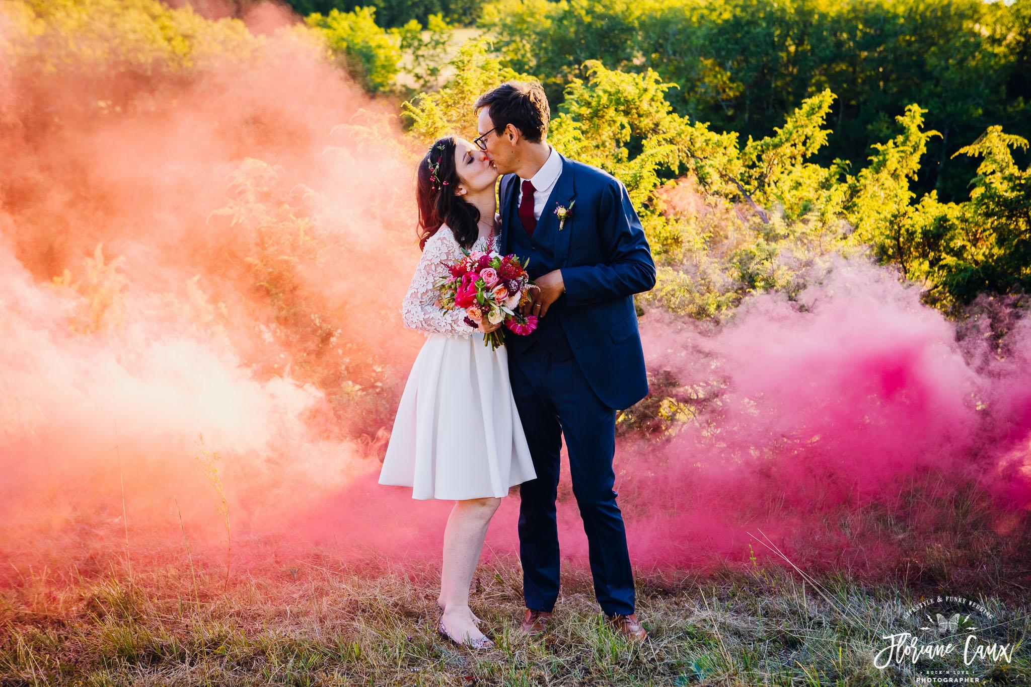 photographe-mariage-funky-licorne-fumigenes-badass-10
