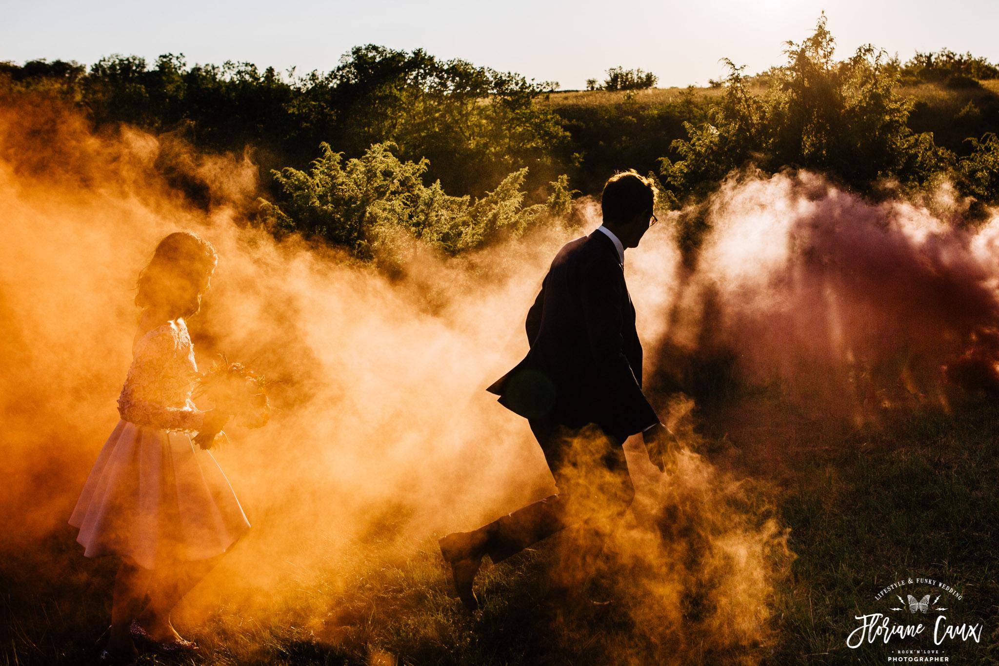 photographe-mariage-funky-licorne-fumigenes-badass-9