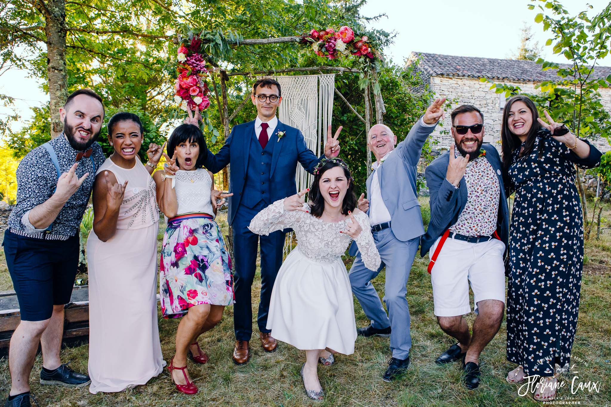 photos-de-groupes-originales-mariage-cahors-golden-hour-2
