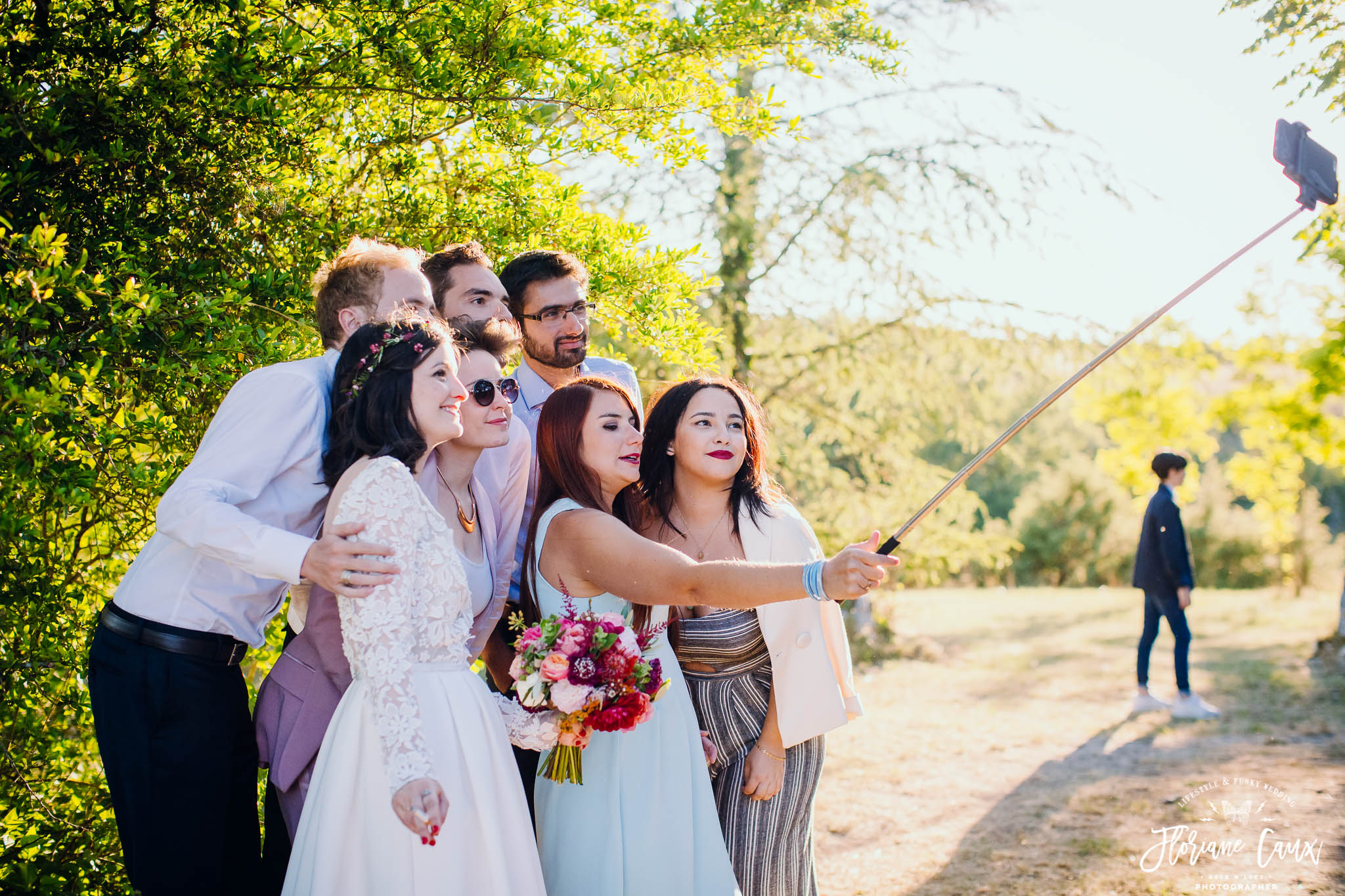 photos-de-groupes-originales-mariage-cahors-golden-hour-5
