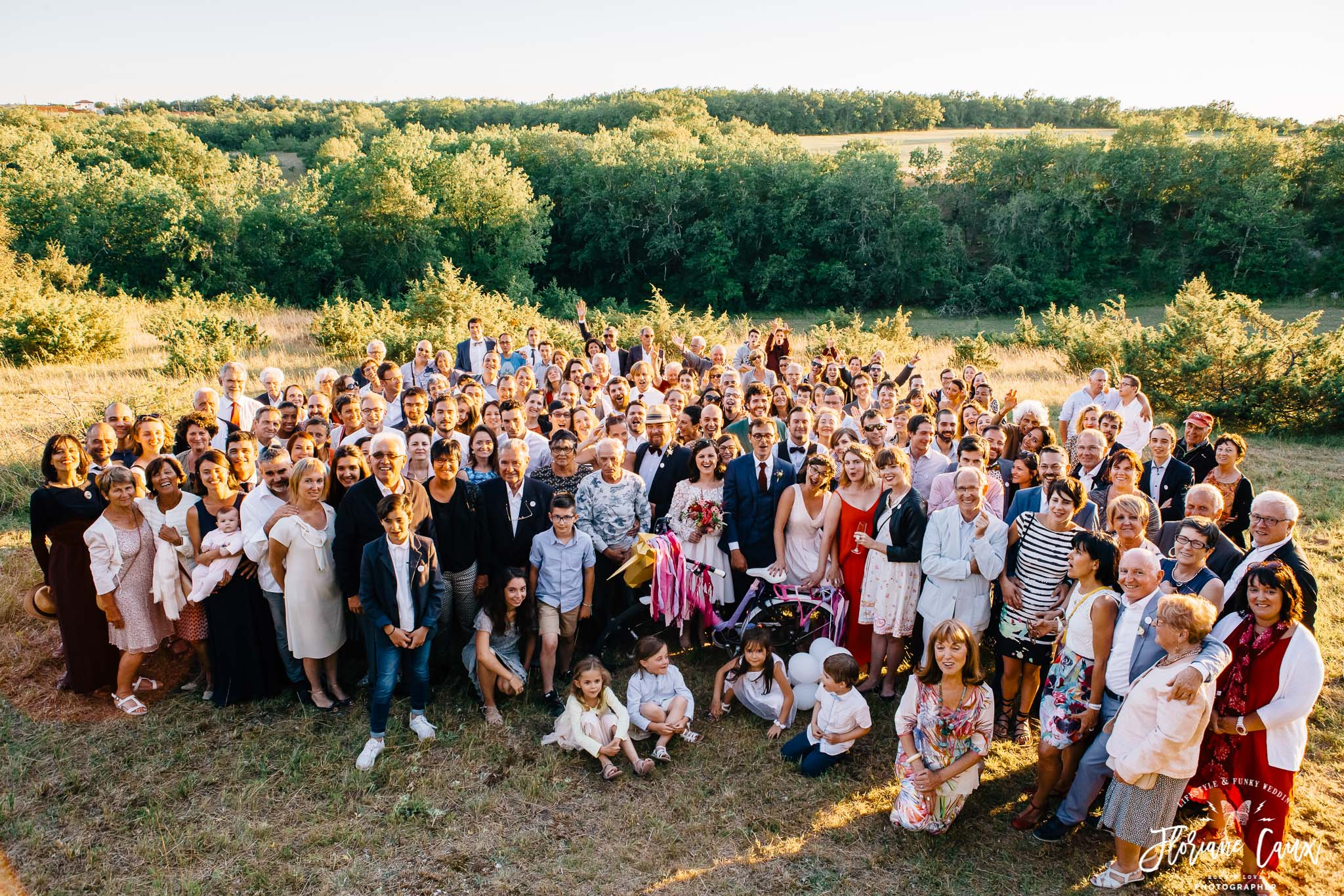 photos-de-groupes-originales-mariage-cahors-golden-hour-6
