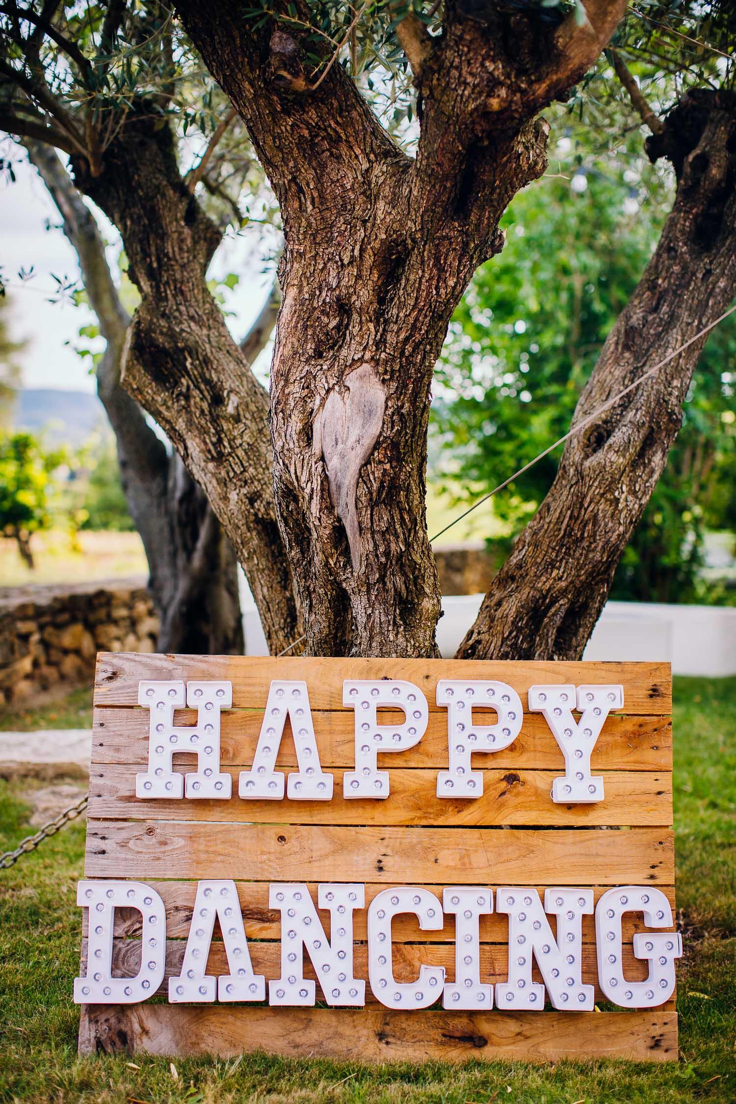 destination-wedding-photographer-mas-de-so-gard-55