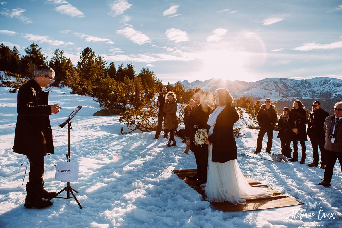mariage dans la neige aux pieds des Pyrénées