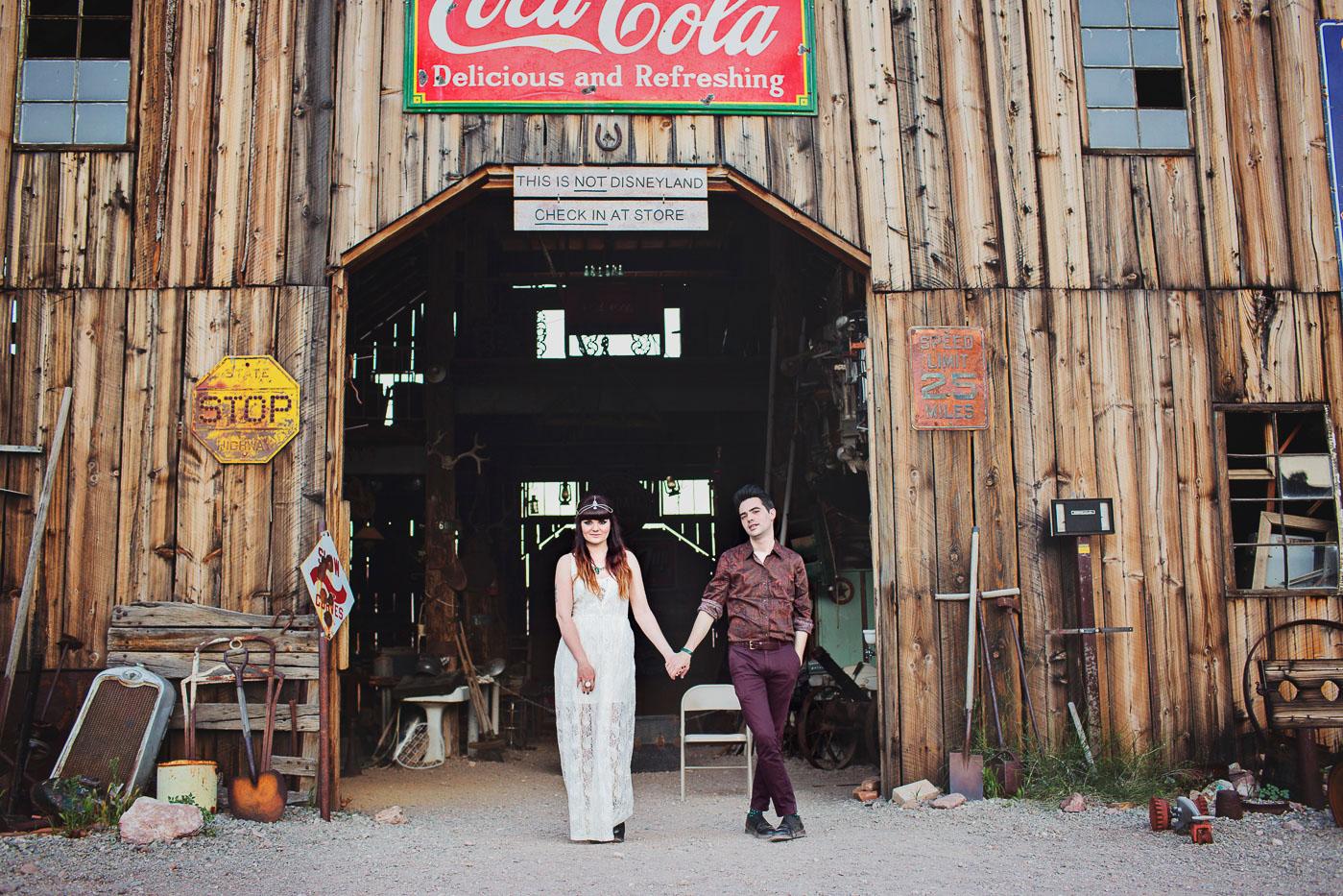 wedding-photographer-elopement-in-las-vegas (50)