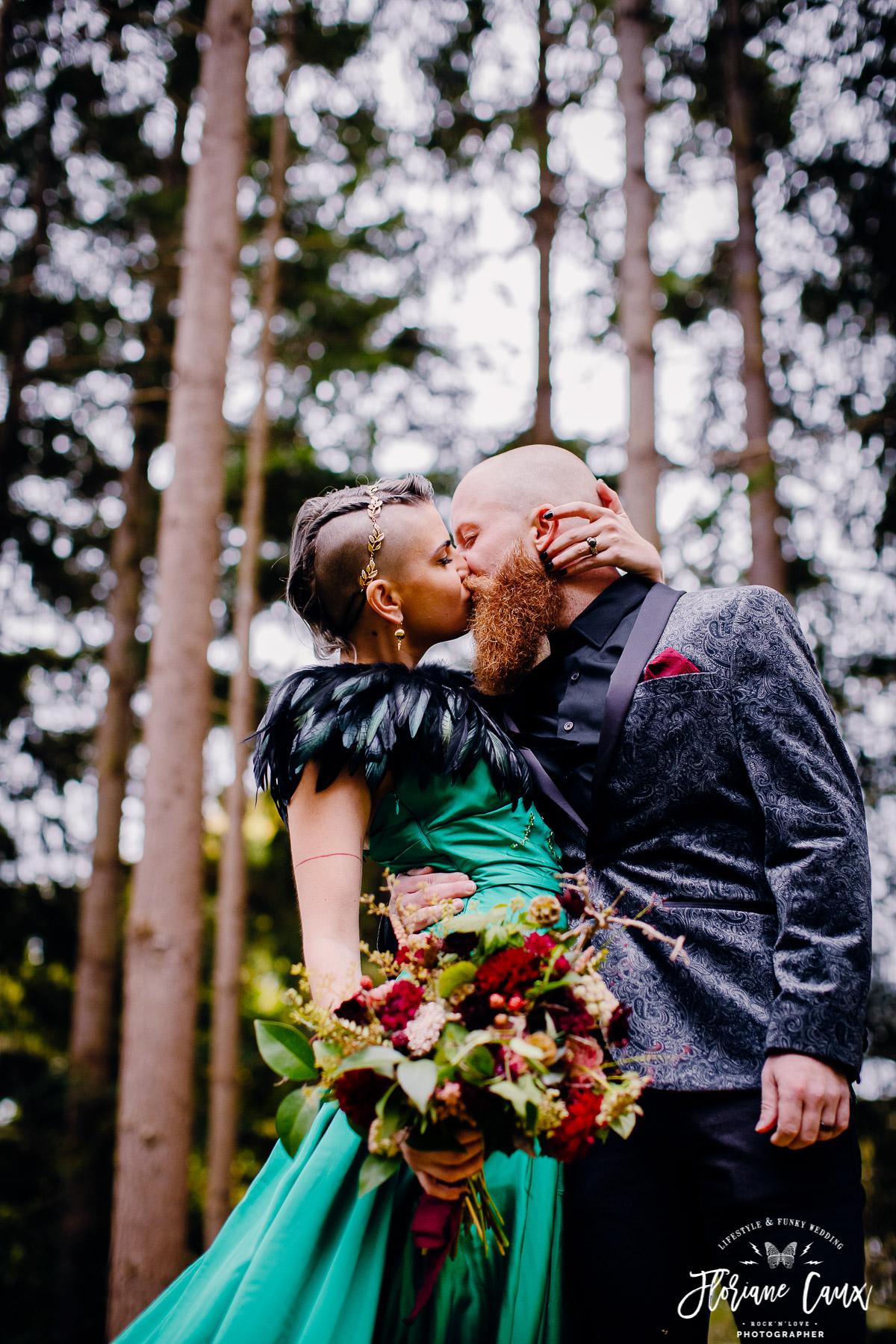 elopement-destination-wedding-France-chateau-Bonnac (22)