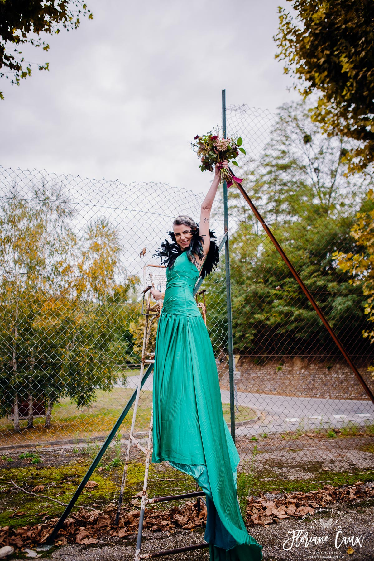 hipster funky bride robe de mariée verte