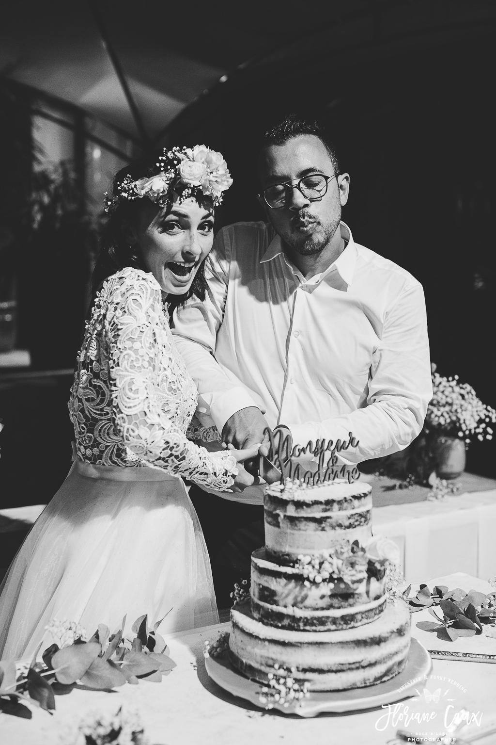 découpe du gâteau mariage corse