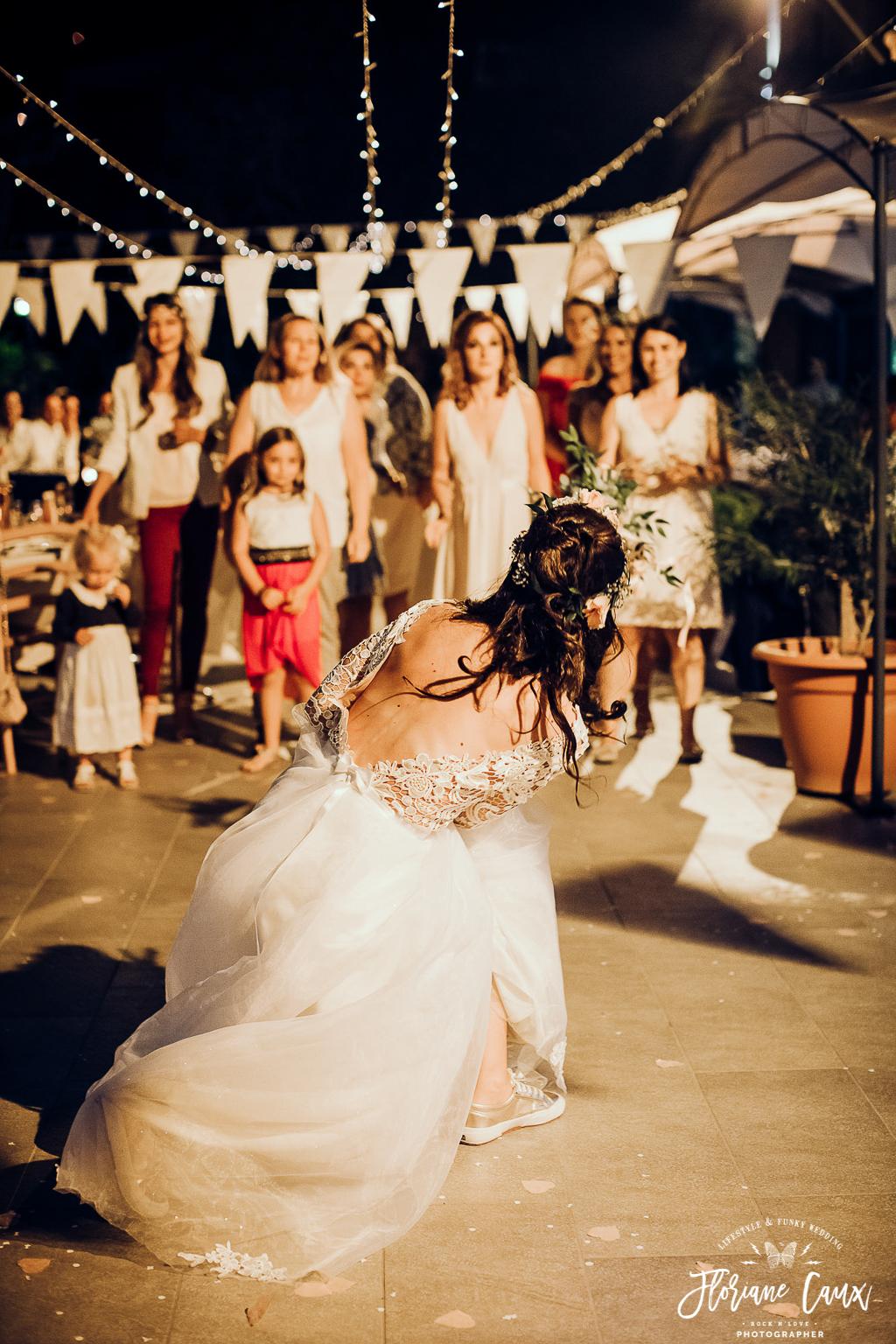 lancer du bouquet mariage corse